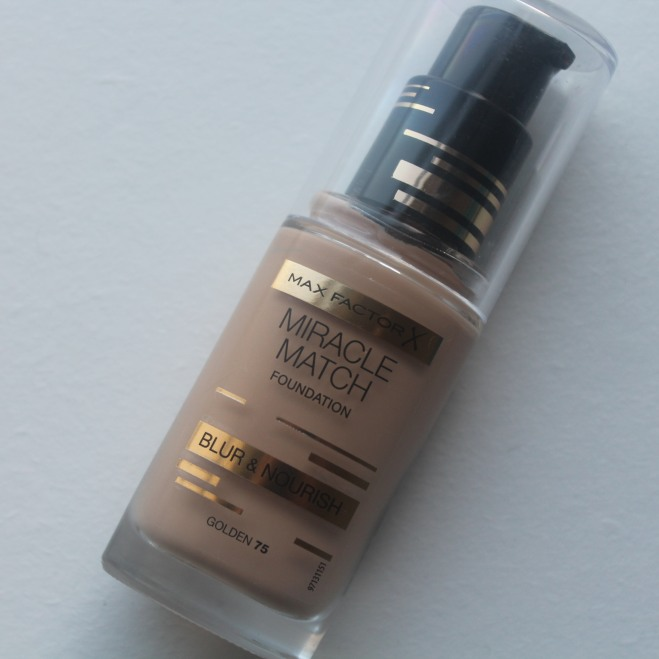 Max Factor Foundation in Shade Golden 75